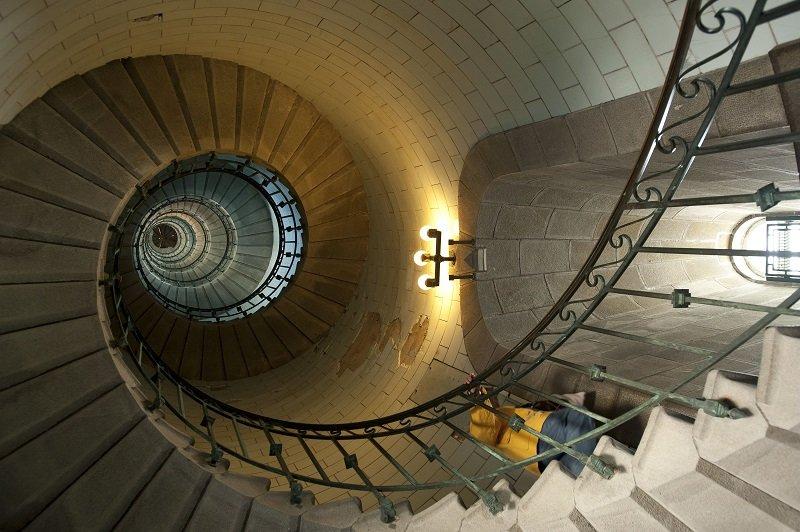 Vue interieure du phare d'Eckmuhl, classe monument historique