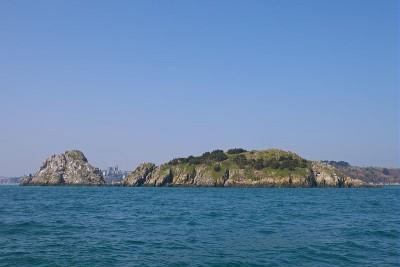 Vue sur le rocher de Cancale. Une experience bretonne